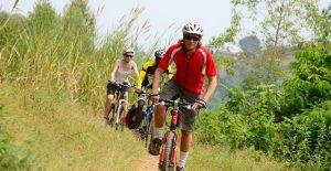Rwanda bicycling safaris