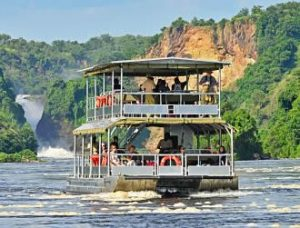 Launch cruise at Murchison Falls
