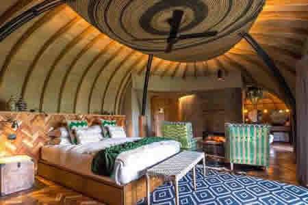 Luxury Gorilla Lodges in VNP