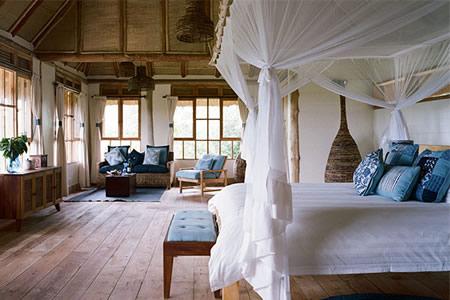 luxury Lodges in queen Elizabeth Park